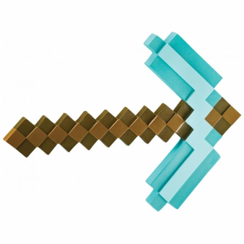 Minecraft Pickaxe Action-Figure Perspective: front