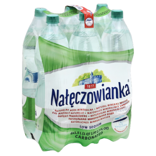 Nateczowianka Low Sodium Carbonated Mineral Water Perspective: front