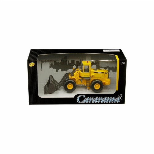 Cararama 56002 1 by 50 Scale Diecast for Volvo L150C Bulldozer Model Perspective: front
