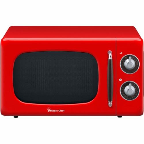 MAGIC CHEF 700-Watt Retro Countertop Microwave Oven - Red Perspective: front