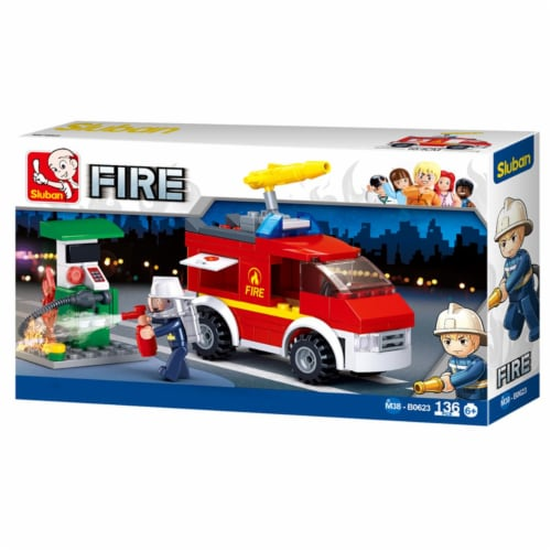 Sluban 623  Small Fire Truck + Oil Station Building Brick Kit (136 Pcs) Perspective: front