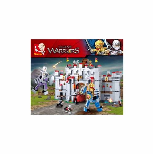 Medieval Battle for Relic Castle Building Brick Set (877pcs) Perspective: front