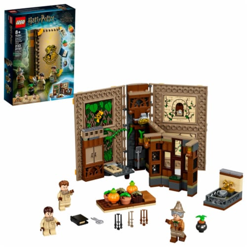 LEGO® Harry Potter™ Hogwarts™ Moment: Herbology Class Perspective: front