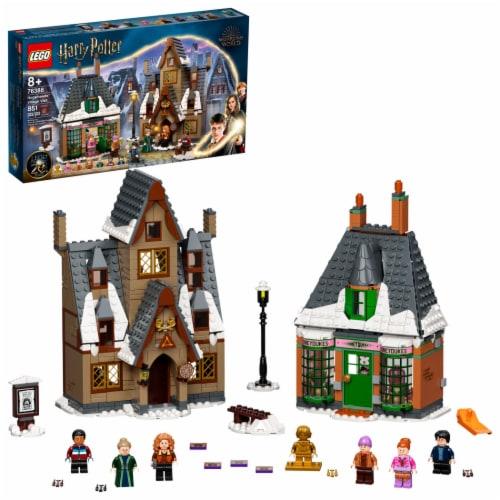 LEGO® Harry Potter Hogsmeade Village Visit Perspective: front
