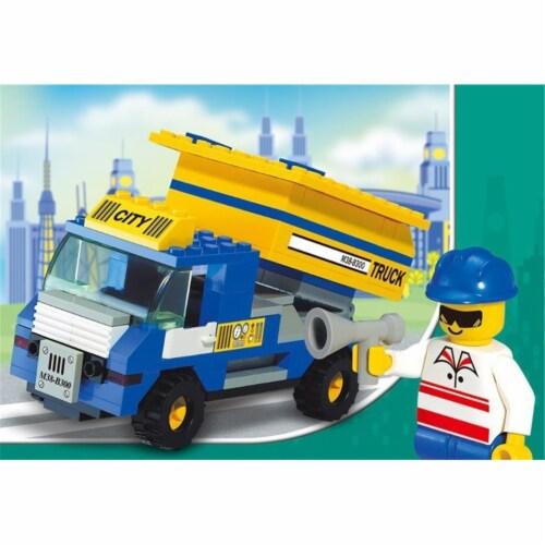 Sluban 300  City Dump Truck Building Brick Kit (111 pcs) Perspective: front