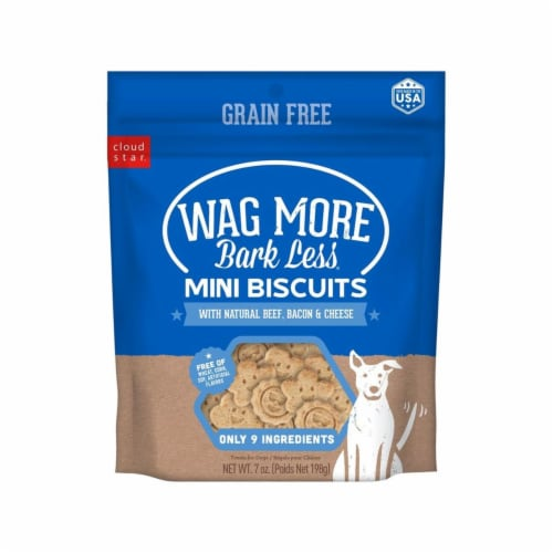 Wagmore 25072906 7 oz Grain Free Mini Baked Beef & Bacon Dog Food Perspective: front