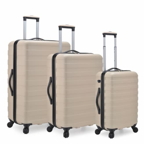 U.S. Traveler Bondi 3-Piece Spinner Luggage with Smart USB Port - Sand Perspective: front