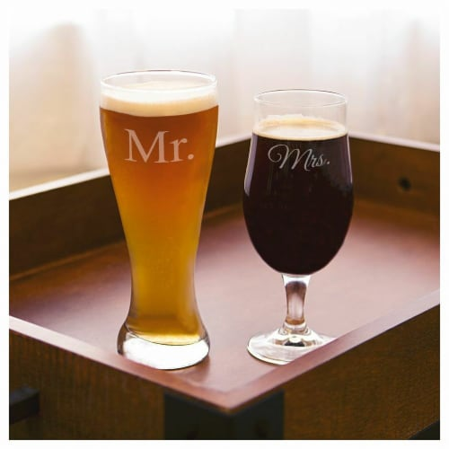 Cathys Concepts MM2223 Mr. & Mrs. Wedding Pilsner Set Perspective: front