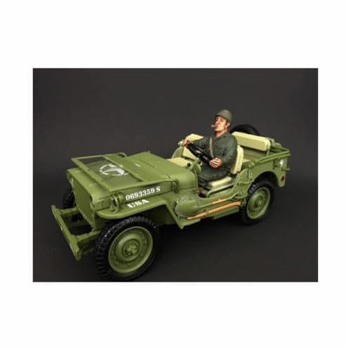 American Diorama 77413 1 by 18 Scale US Army WWII Figure IV Perspective: front