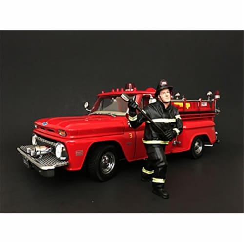 American Diorama 77461 Firefighter with Axe Figurine for 1 isto 18 Models Perspective: front