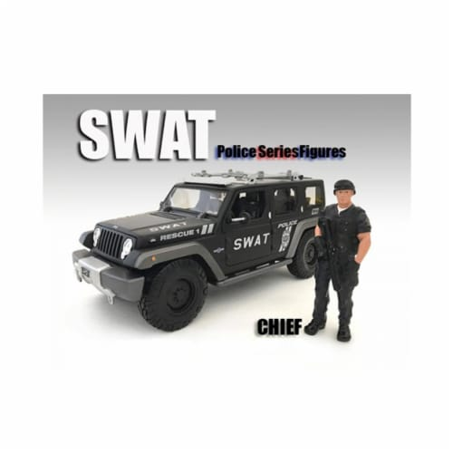 American Diorama 77468 1 by 24 Scale SWAT Team Chief Figure for Models Perspective: front