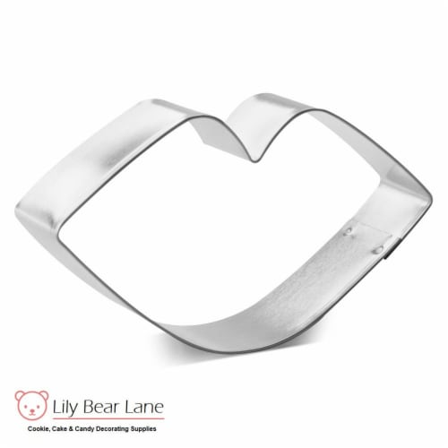Lipstick Kiss Cookie Cutter 4 in B1508 Perspective: front