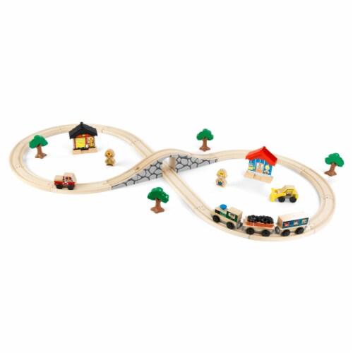 KidKraft Figure 8 Train Set Perspective: front
