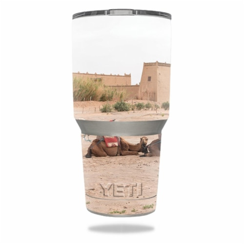 MightySkins YERAM30-Single File Camels Skin for Yeti 30 oz Tumbler - Single File Camels Perspective: front