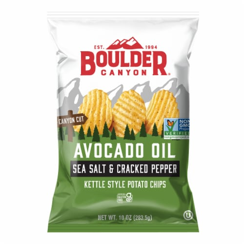Boulder Canyon Avocado Oil Sea Salt & Cracked Pepper Kettle Cooked Chips Perspective: front