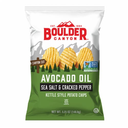 Boulder Canyon Avocado Oil Canyon Cut Sea Salt & Cracked Pepper Potato Chips Perspective: front