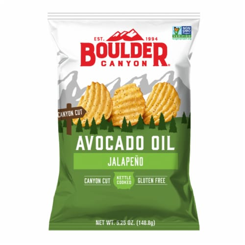 Boulder Canyon Avocado Oil Canyon Cut Jalapeno Kettle Cooked Potato Chips Perspective: front
