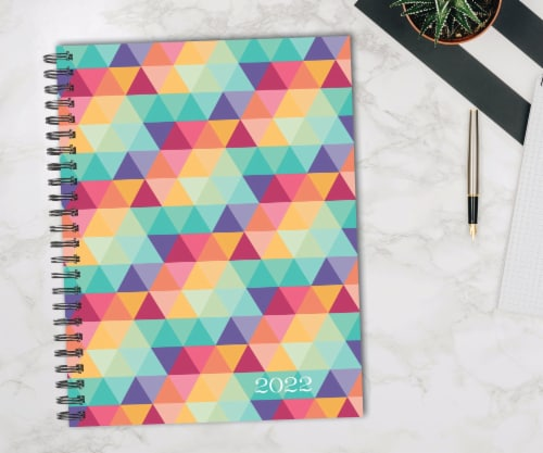 Geometric Design 2022 8.5  x 11  Softcover Weekly Large Planner Perspective: front