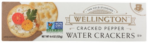Wellington Cracked Pepper Water Crackers Perspective: front