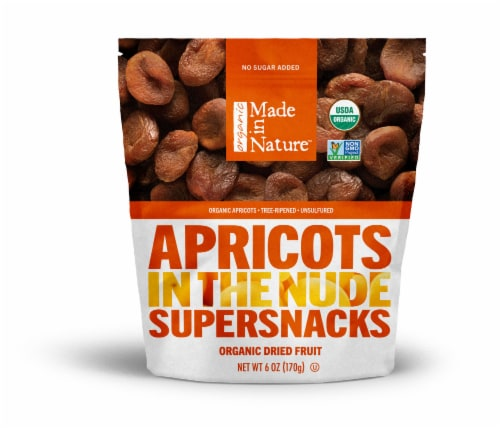 Made In Nature™ Supersnacks Organic Dried Apricots Perspective: front