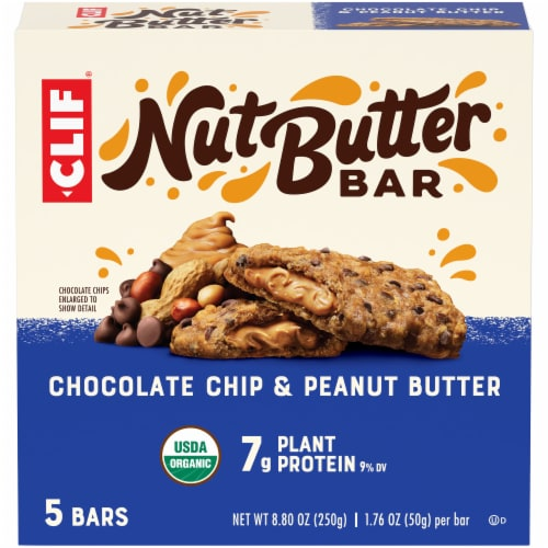 Clif Chocolate Chip & Peanut Butter Nut Butter Bar Perspective: front