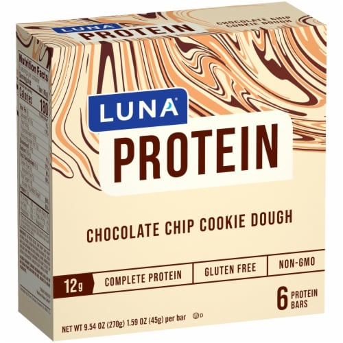 Luna Chocolate Chip Cookie Dough Protein Bar Perspective: front