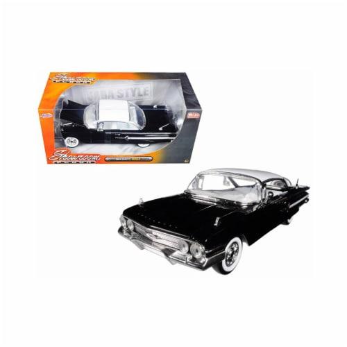 1 isto 24 1960 Chevrolet Impala Black Showroom Floor Diecast Model Car Perspective: front