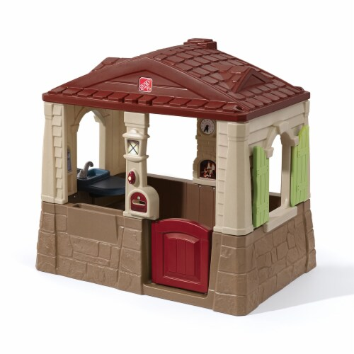 Step2 Neat and Tidy Cottage Play House Perspective: front