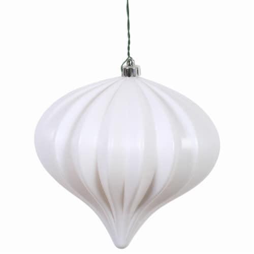 Vickerman N151211DMV 5.7 in. Onion UV Drilled, White Matte - 3 per Bag Perspective: front