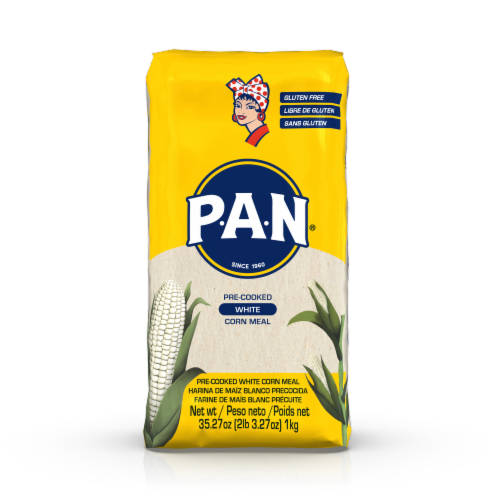 Goya P.A.N. Pre-Cooked White Corn Meal Perspective: front