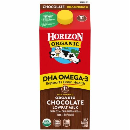 Horizon Organic DHA Omega-3 1% Chocolate Lowfat Milk Perspective: front