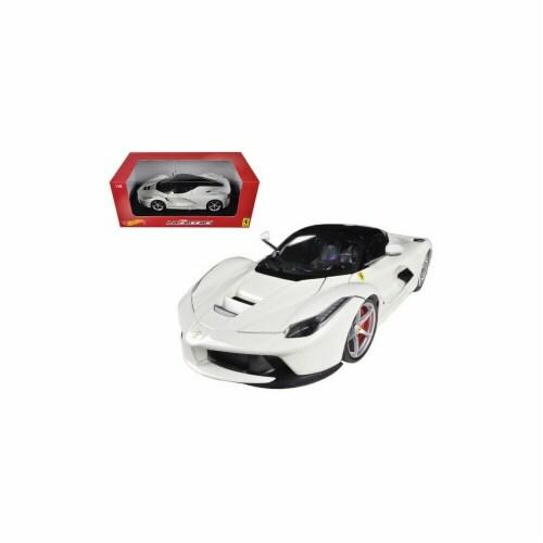 Hot wheels BLY54 Ferrari Laferrari F70 Hybrid White 1-18 Diecast Car Model Perspective: front