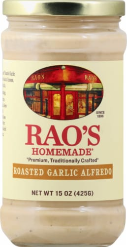 Rao's Homemade Roasted Garlic Alfredo Sauce Perspective: front