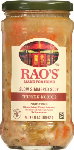 Rao's Homemade Chicken Noodle Soup Perspective: front
