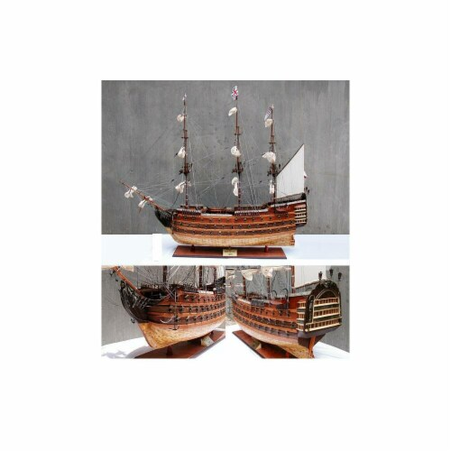 Old Modern Handicrafts T032 HMS Victory XL Model Boat Perspective: front