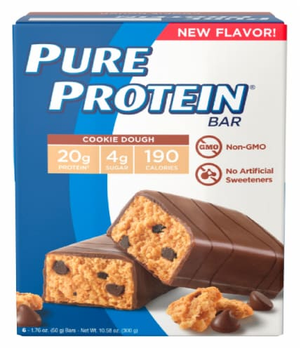 Pure Protein Cookie Dough Bar Perspective: front