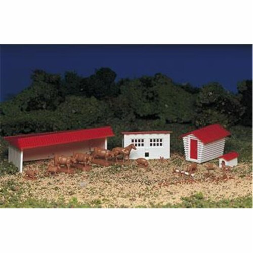 Ho Farm Building and Animals Kit Perspective: front