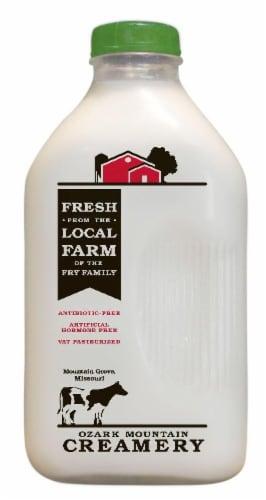 Ozark Mountain Creamery Skim Milk Perspective: front