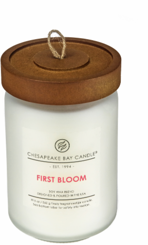 Chesapeake Bay Candle Heritage First Bloom Large Jar Candle Perspective: front