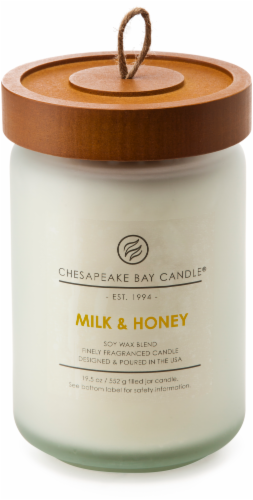 Chesapeake Bay Candle Heritage Milk and Honey Large Jar Candle Perspective: front