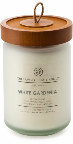 Chesapeake Bay Candle Heritage White Gardenia Large Jar Candle Perspective: front