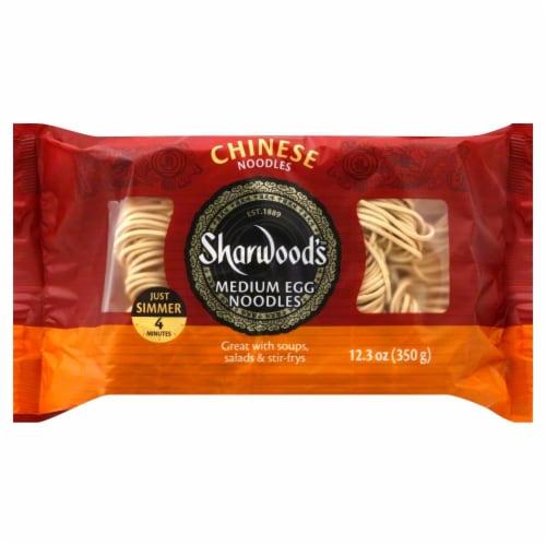 Sharwood's Medium Chinese Egg Noodles Perspective: front