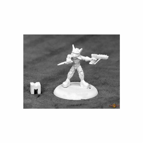 Reaper Miniatures REM50342 Dungeon Dwellers Space Goblin Commando Miniature Perspective: front