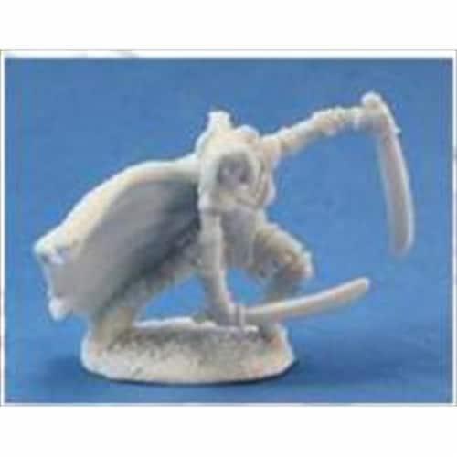 Reaper Miniatures 77022 Bones - Michelle, Human Ranger Perspective: front