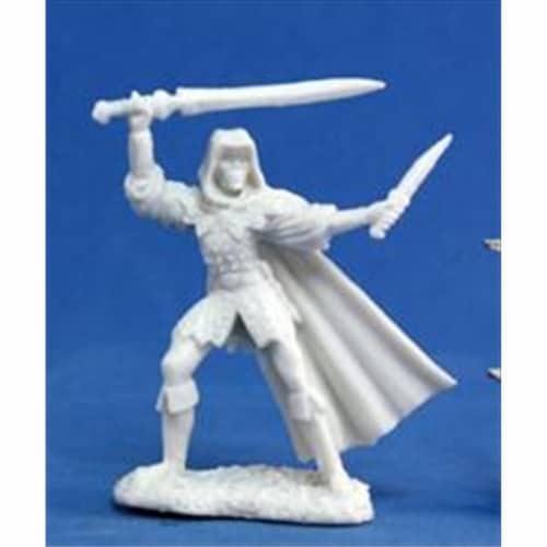 Reaper Miniatures 77030 Bones - Danar, Male Assassin Perspective: front