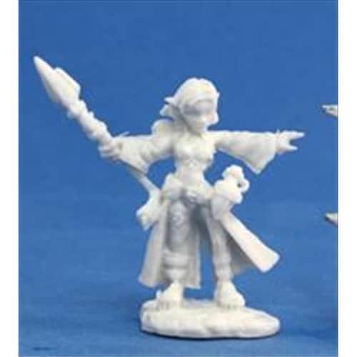 Reaper Miniatures 77031 Bones - Cassie, Gnome Wizard Perspective: front