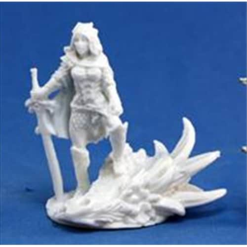 Reaper Miniatures 77039 Bones - Janan, Female Dragon Slayer Perspective: front