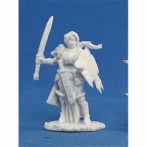 Reaper Miniatures 77094 Bonest50 - Trista, Female Warrior Perspective: front