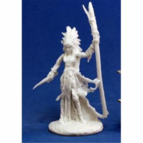 Reaper Miniatures 77121 Bones - Liela, Dark Elf Wizard Perspective: front