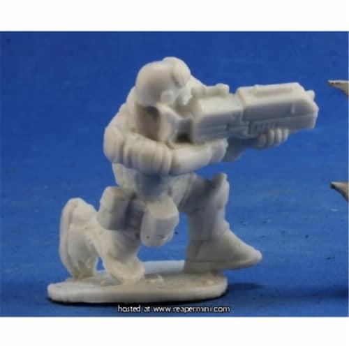 Reaper Miniatures REM80051 25mm Scale Skids IMEF Trooper, Bobby Jackson - Bones & Chronoscope Perspective: front